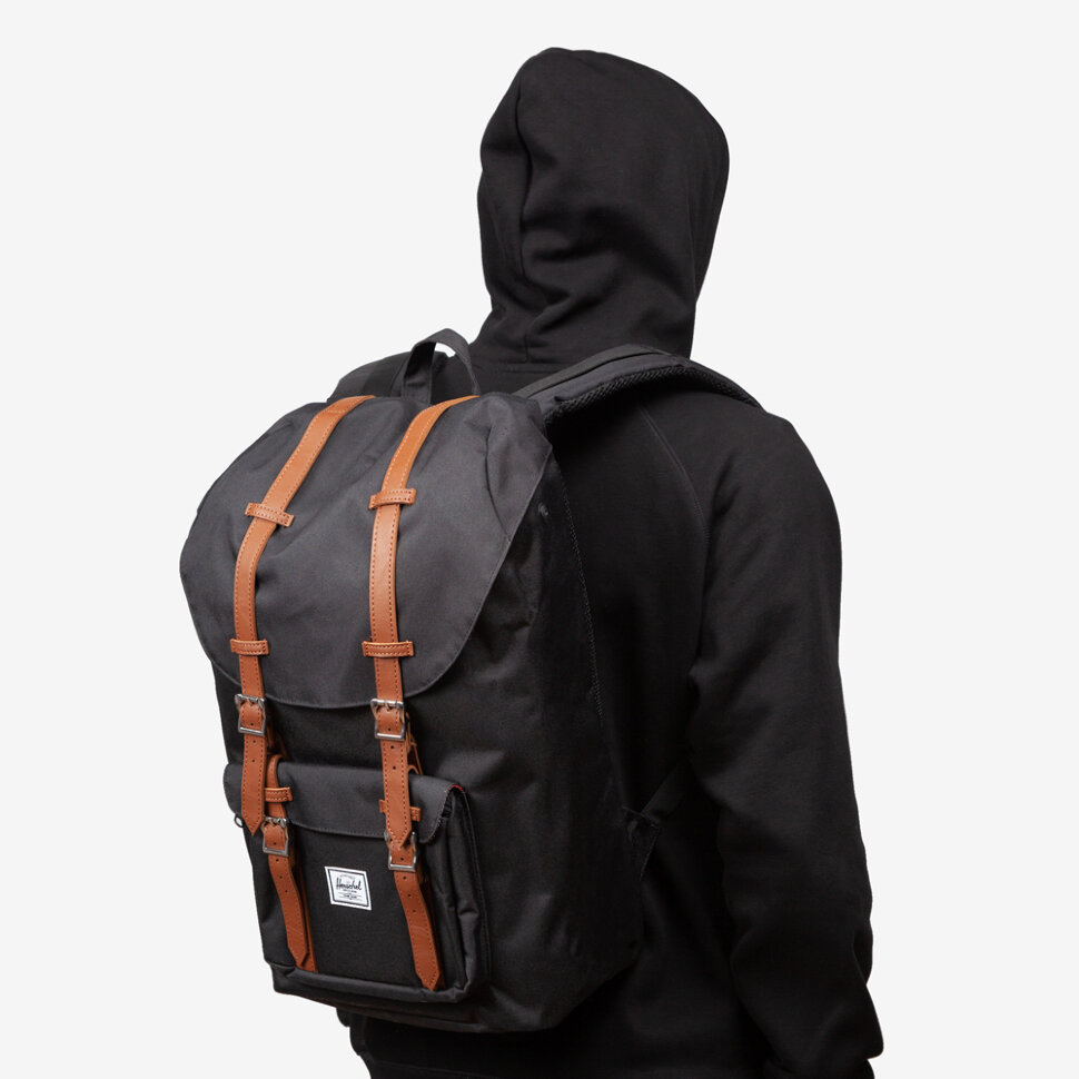 фото Рюкзак herschel herschel little america black/tan synthetic leather